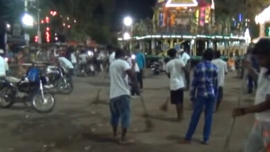 Photo of Hindus, Muslims join hands to clean the streets of Baripada
