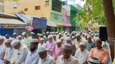 Photo of Namaaz on road shouldn't cause inconvenience to others: Cleric