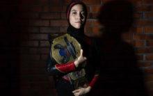 Hijab-wearing wrestler Nor Diana breaking barriers