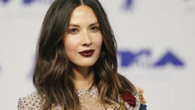 Photo of Olivia Munn calls out Ben, Casey Affleck for not facing consequences after sexual misconduct