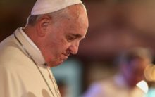 Pope Francis accuses critics of stabbing him in back