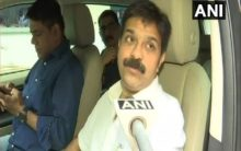 Mumbai: BJP MLC seen outside Sofitel Hotel, says 'busy with party's membership drive'