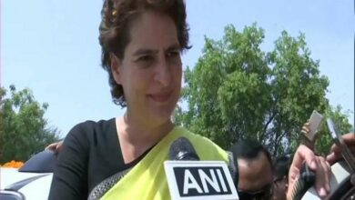 Photo of Priyanka to visit Sonbhadra to meet families of firing victims