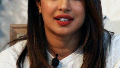 Photo of Priyanka Chopra wears sindoor at birthday party