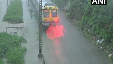 Photo of High tide expected in Mumbai at 12 noon, likely to aggravate waterlogging woes