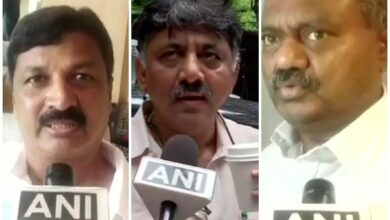 Photo of Shivakumar claims hearts of rebel MLAs beating to meet, they say 'we've no intention'