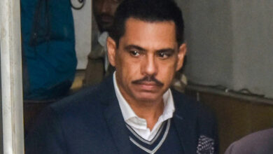 Photo of Vadra granted two weeks  to reply to ED's Plea