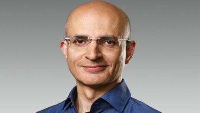 Photo of Meet Apple's Senior Vice President of Operations Sabih Khan