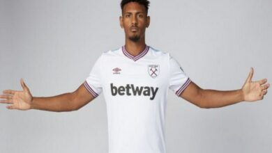 Photo of Sebastien Haller signs five-year contract with West Ham United