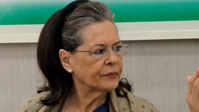 Photo of Amid Congress crisis, Gehlot meets Sonia