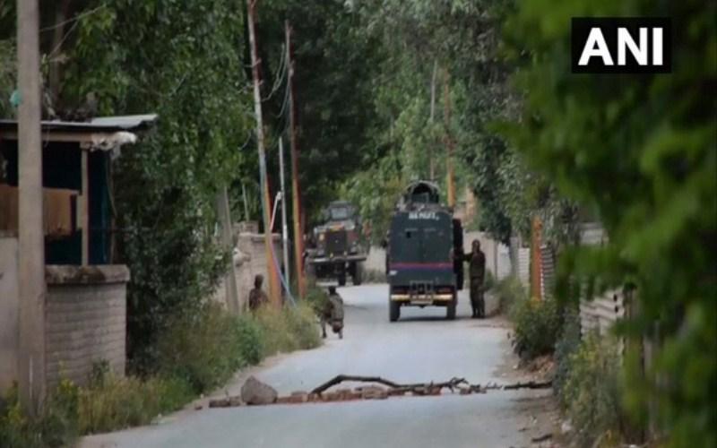 Exchange of fire between terrorists, security forces in Sopore