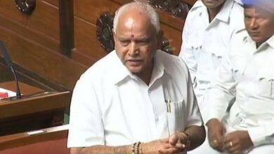 Photo of Yeddyurappa awaits Shah's decision to stake claim