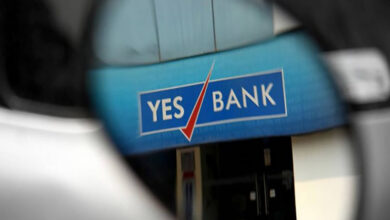Photo of Yes Bank depositors rush to ATMs but unable to withdraw cash