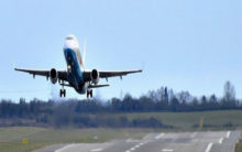 Pakistan opens airspace to Indian civilian traffic
