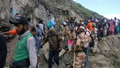 Photo of Amarnath Yatra: 25 pilgrims feeling breathlessness administered oxygen by ITBP