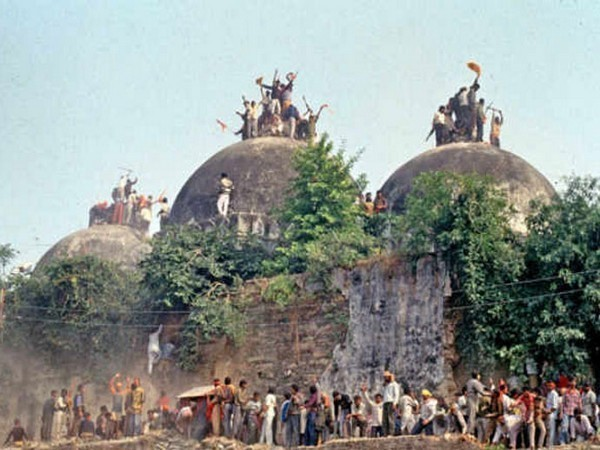 Ayodhya dispute: Fresh twist as rift merges in Sunni Waqf Board