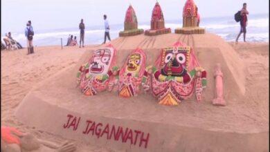 Photo of Jagannath Rath Yatra: Sand artist Sudarsan Pattnaik creates sculptures at Puri beach
