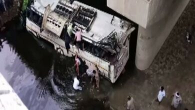 Photo of UP: 29 dead as bus falls into drain on Yamuna Expressway