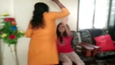 Photo of Woman thrashes husband, his lover in Hyderabad