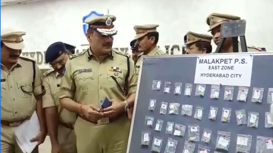Hyd police arrest woman accused of robbing minor girls jewellery