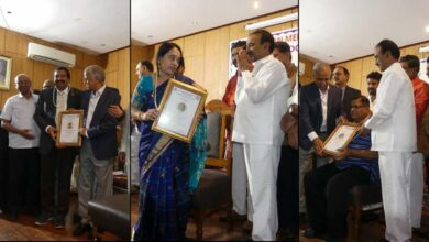 Photo of Doctors Felicitated by Health Minister on Doctor's Day
