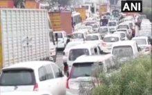 Gurugram: Rains lead to traffic jam, waterlogging