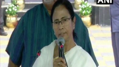 Photo of Respect all languages, cultures equally: Mamata on Hindi Diwas