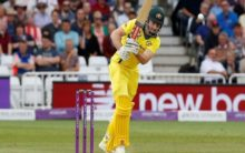 Australia's Shaun Marsh ruled out of World Cup, Peter Handscomb replaces him