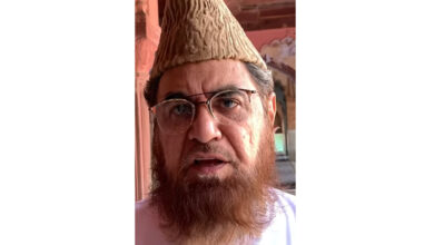 Photo of Mufti Mukarram appeals to Muslims to restore temple after clash over parking turns communal