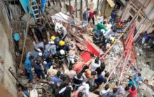 4 storied building collapses in Mumbai, many feared trapped