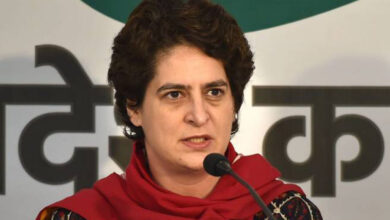 Photo of Eye on organisational revamp, Priyanka to travel to UP