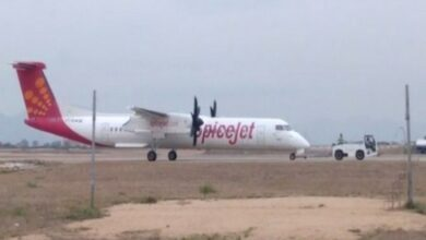 Photo of SpiceJet flight hits technical snag; lands soon after take-off
