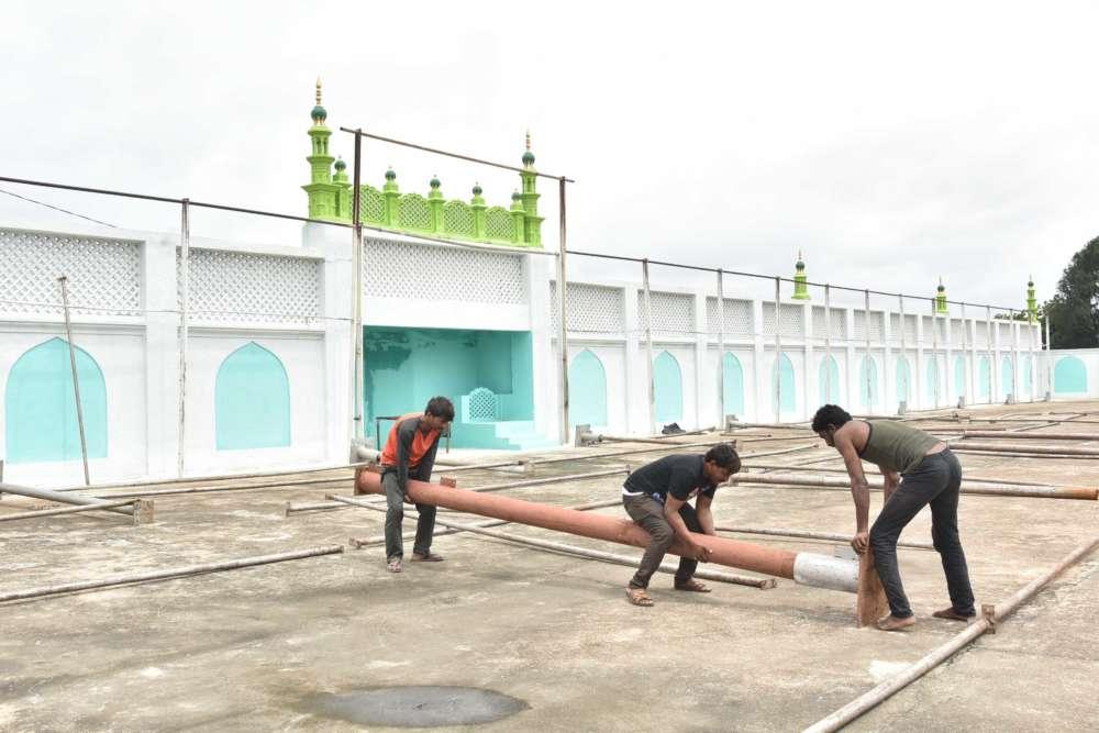 Preparation for Eid ul adha at Eidgah Mir Alam – Siasat Daily