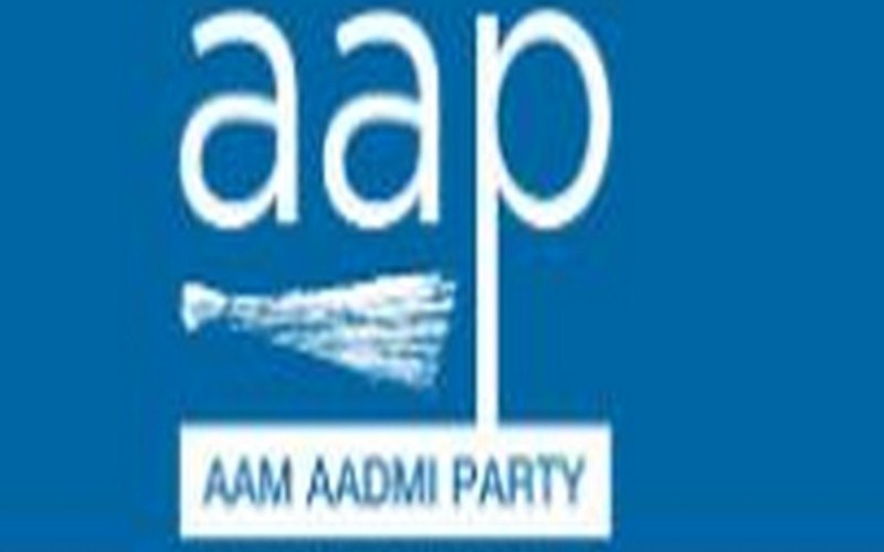 AAP, BJP up the ante to woo Purvanchali voters