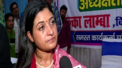Photo of Alka Lamba resigns from AAP
