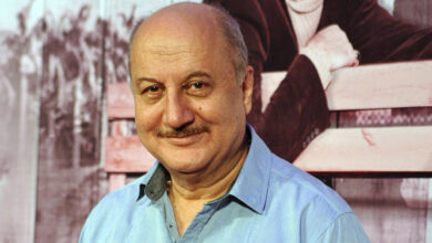 Photo of Wedding anniversary: Anupam shares throwback photo to wish wife