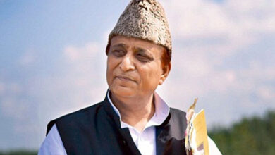 Photo of Azam Khan reacts to Pragya Thakur's comment in Parliament