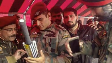 Photo of Lt. Col Dhoni reaches Ladakh on Independence Day