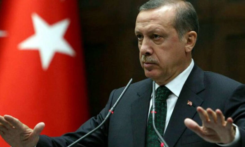 Greece: Turkey needs to end 'blackmail' for migrant aid