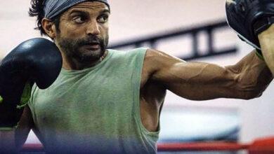 Photo of Farhan Akhtar begins shooting for 'Toofan'