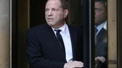 Photo of Harvey Weinstein pleads not guilty in new indictment
