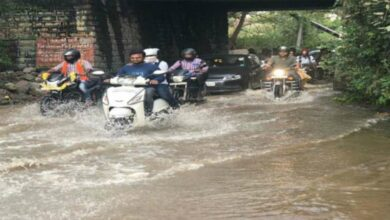 Photo of Weekend rains confine people to homes