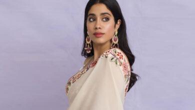 Photo of Janhvi  first look as Gunjan Saxena from 'The Kargil Girl'