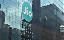 Jio gains, Airtel and Voda-Idea lose users: CLSA