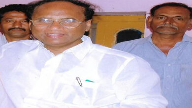 Photo of Ex-Andhra speaker's showroom searched for 'missing' furniture