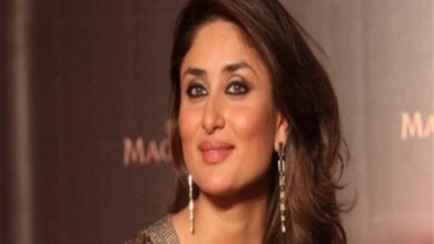 Photo of Kareena Kapoor's video call moment with Taimur goes viral