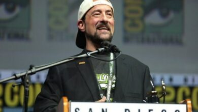 Photo of Kevin Smith says 'Snyder Cut' exists!