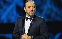 Spacey reads out poem about dispirited boxer at Rome Museum