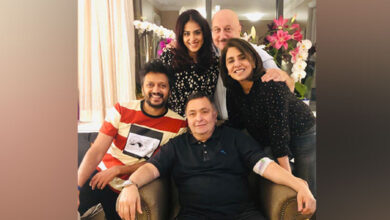 Photo of Rishi enjoys 'Ghar ka khana' with Riteish, Genelia in NY
