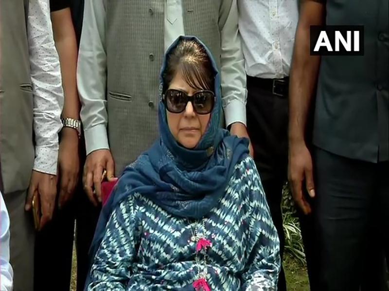 Congress questions Kashmiri leaders' prolonged detention